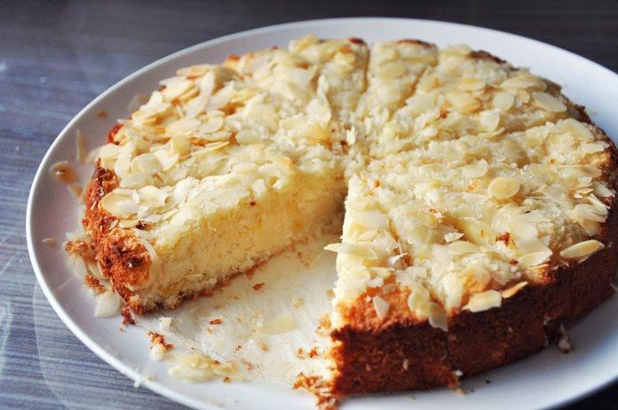 Пирог с яблоками и кокосовым маслом