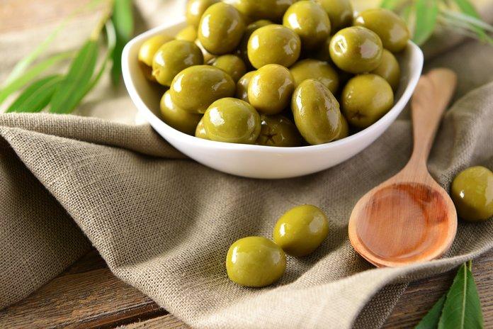 Полезные свойства оливок и оливкового масла