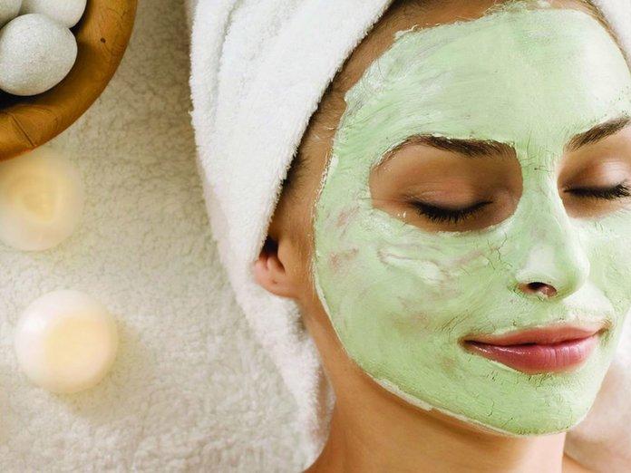 Домашняя маска с клевером для лица