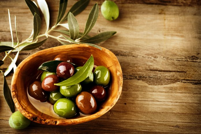 Оливки − полезные свойства, рецепты, противопоказания
