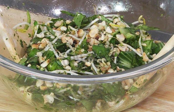 Салат бок-чой с пекинской капустой