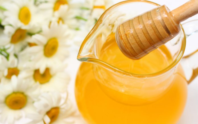 Шампунь из ромашки и меда