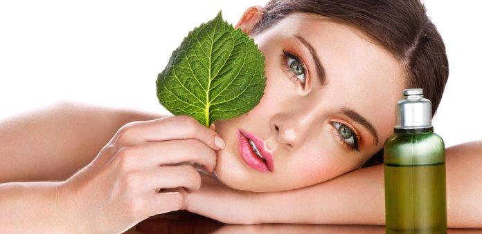 Применение масла шиповника в косметологии