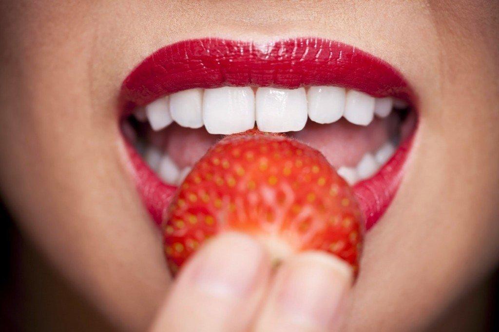 отбеливание зубов в домашних условиях пищевой содой
