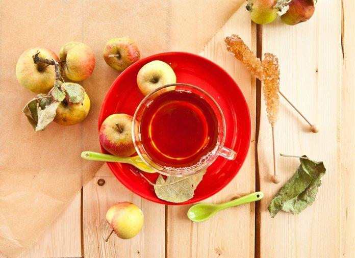 Чай из высушенных яблочных листьев