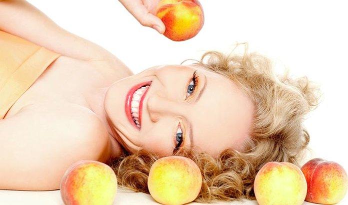 Польза персиков для кожи лица