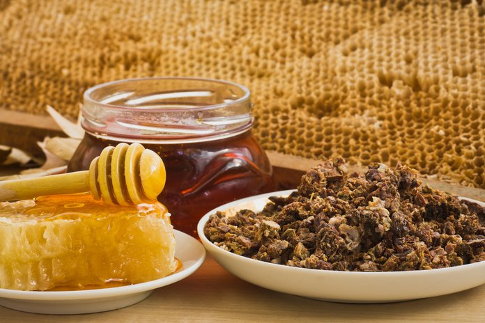Мед и прополис против герпеса