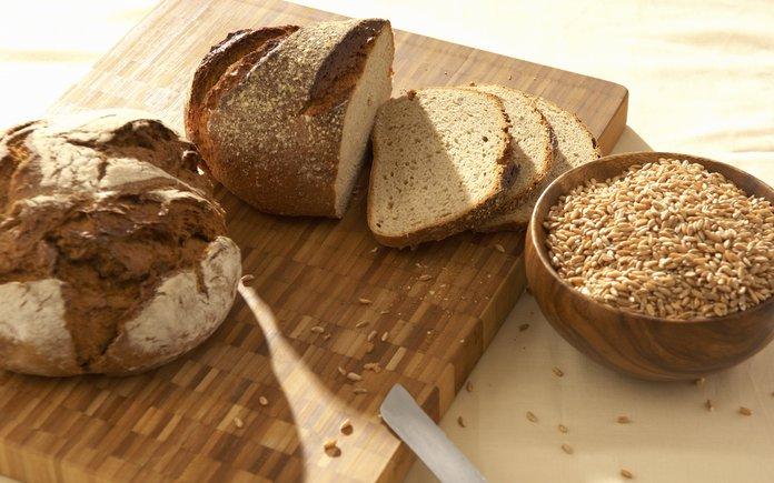 Как лечить диарею черным хлебом?