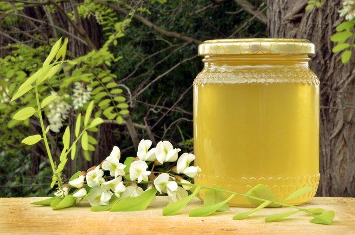 Чем полезен акациевый мёд?