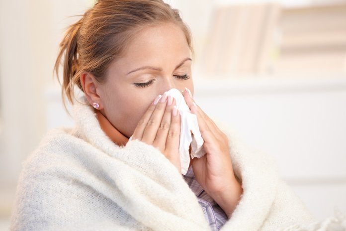 Простудные заболевания при появлении ушных прыщей