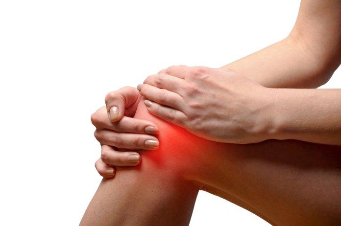 Лечение суставов каменным маслом