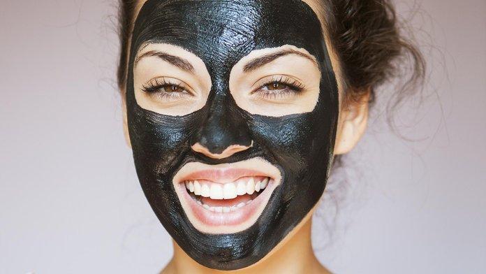 Черная маска от прыщей