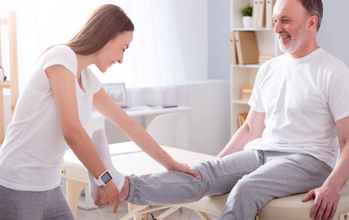 Упражнения для восстановления подвижности для сидячих больных