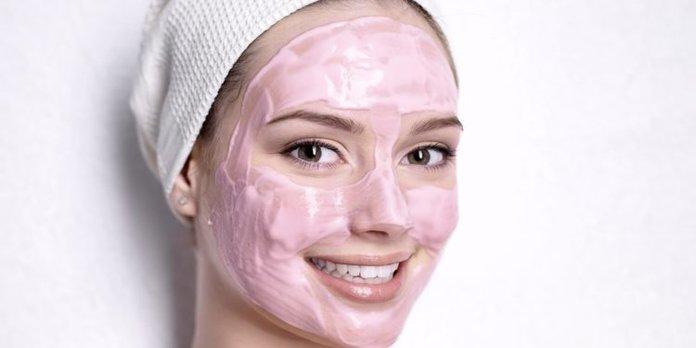 Применение черной смородины в косметологии