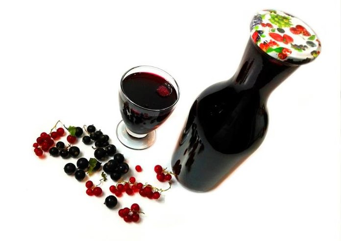Настой из ягод черной смородины