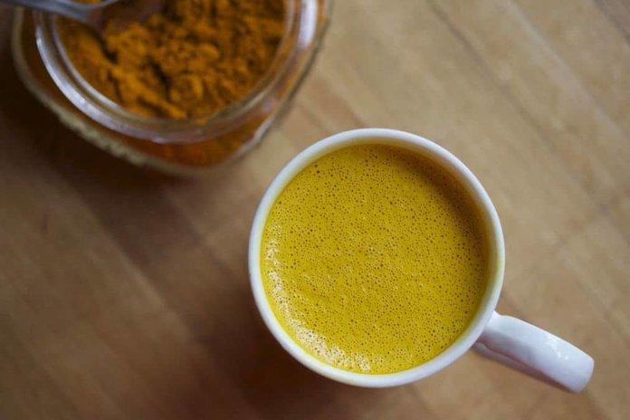 Чай из куркумы против простуды