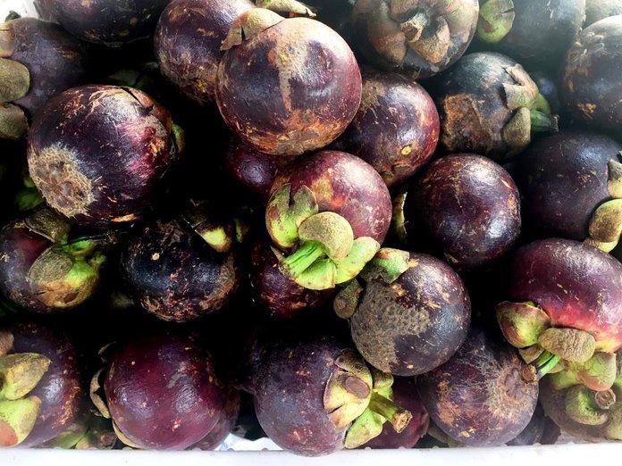 Плоды мангостина