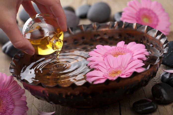 Ванночка с кедровым маслом при варикозе