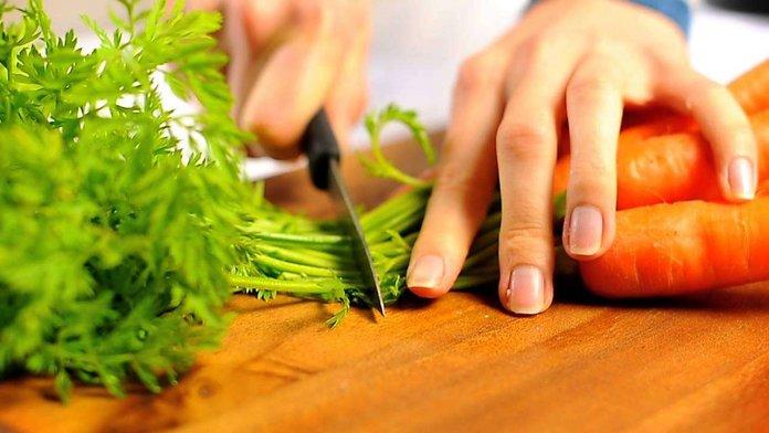Заготовка морковной ботвы
