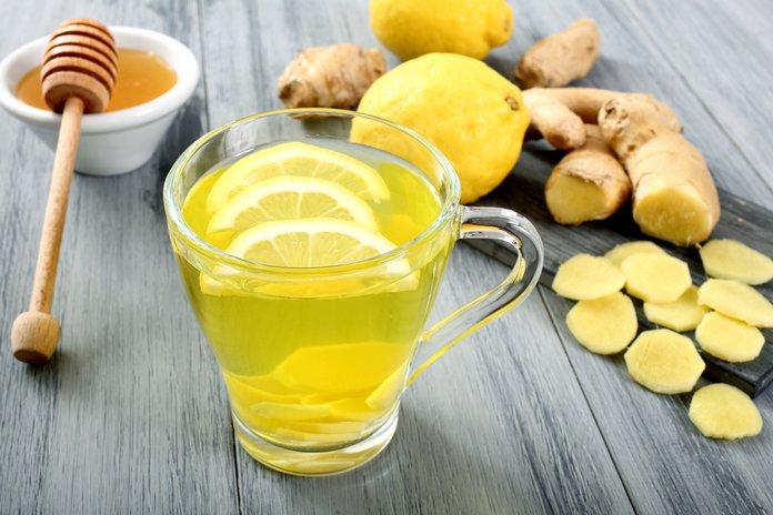Напиток из имбиря и лимона понижает давление