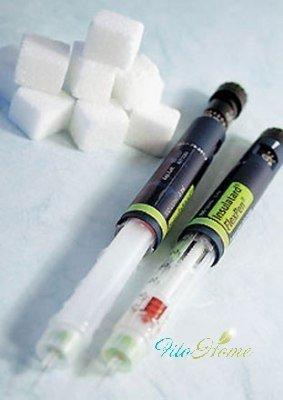 шприц с инсулином при диабете